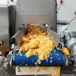 pressing orange juice