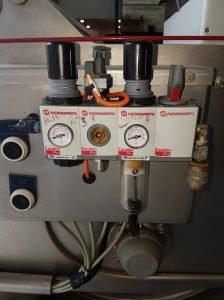 Pressure Gauges for Kreuzmayr fruit processing equipment