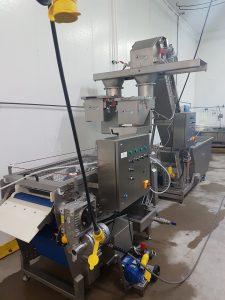 pressing cold pressed juice